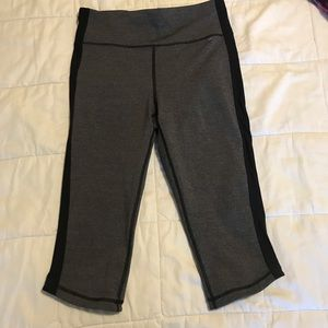 Lululemon gray crops with black side stripe